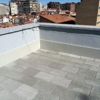 Restauración de cubiertas de intemperie y cubiertas Invertidas LF en C.P. Vitoria 7 de Burgos