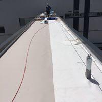 Impermeabilización de pasarela entre módulos de la fábrica de CAMPOFRÍO Frescos de Burgos